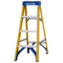 FIBREGLASS SWINGBACK STEPLADDER TRADE 4 TREAD (71604)